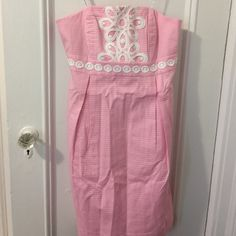 Strapless Lilly Pulitzer size 8 with applied lace Fully lined Lilly Pulitzer Dresses Strapless