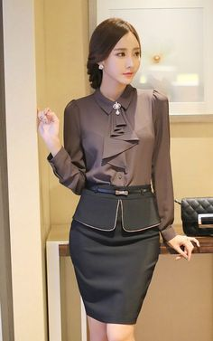 dressy pants outfits plus size Dressy Outfits, Mode Outfits, Office Outfits, Dressy Pants, Office Attire, Office Wear, Blouse Styles, Blouse Designs, Modest Fashion