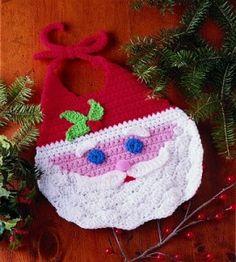 Santa Bib. ☀CQ #crochet #christmas   http://www.pinterest.com/CoronaQueen/crochet-christmas-corona/