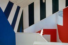 The Sea Ranch's women's locker room, designed by Barbara Stauffacher Solomon (1966) Supergraphics — Transforming Space: Graphic ...