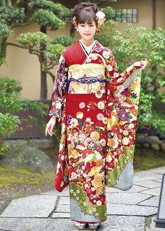 当店の取り扱い商品です Yukata, Furisode Kimono, Kimono Dress, Traditional Japanese Kimono, Traditional Fashion, Traditional Dresses, Oriental Dress, Oriental Fashion, Japanese Beauty
