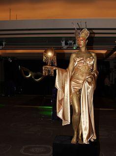 Gold Human Statue Body Art, Statue, Gold, Body Mods, Sculptures, Sculpture, Yellow