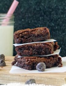 Easy One Bowl Brownies mix up in no time! These are easy to make and use very common ingredients, so you can make them up on a whim when you need to satisfy that chocolate craving! #Dessert #Snack #Chocolate Lovers
