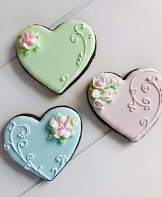 Decorated sugar cookies customized for any and all occasions. If you can think it up, I can put in on a delicious cookie! Valentines Day Cookies, Mother's Day Cookies, Fancy Cookies, Heart Cookies, Iced Cookies, Cupcake Cookies, Cupcakes, Sugar Cookie Icing, Royal Icing Cookies