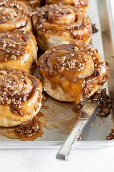 This Homemade Sticky Buns from Scratch recipe is a simple dough that's slathered in a buttery cinnamon sugar, and topped with an caramelized pecan topping. Best Sticky Bun Recipe, Pecan Sticky Buns, Sweet Roll Recipe, Baker Recipes, Dessert Recipes, Breakfast Recipes, Healthy Desserts, Dinner Recipes, Cinnamon Bun Recipe
