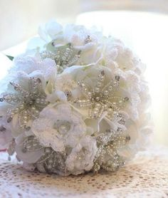 Crochet bouquet - amazing keepsake, and a brilliant way to save $ on flowers!