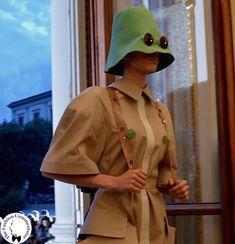 Polimoda Show 2015 || il tributo alle origini ebraiche di Ksenia Novakovskaia con forme elementari che rimandano alla ciclicità del mondo
