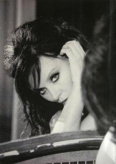 Sarah Brightman....looks a bit like Sophia...only a BIT!!