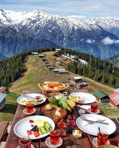 breakfast with view ~~Pokut Plateau - Camlıhemsin, Rize,Turkey // ТРЕККИНГ ТУРЫ ТУРЦИЯ (@katya_istanbul) • Instagram photo