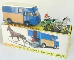 French Dinky Toys Racing Horse transporter Retro Toys, Vintage Toys, Tin Toys, Antique Toys, Cool Toys, Hot Wheels, Mercury, Diecast, Automobile