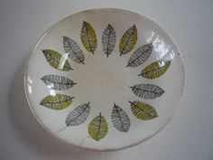 Crown Lynn Ascot bowl - Pattern No. Kiwiana, Ascot, Decorative Plates, Porcelain, Auction, Mid Century, Pottery, Crown, Culture