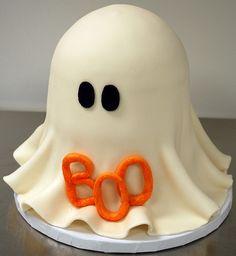 Halloween cake - make Boo in orange-tinted white chocolate