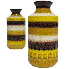 Pair of vases by Aldo Londi