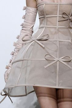 Somehow I love this Valentino F/W 2010 Couture