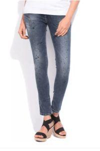 Flipkart  Buy Integriti Galz Skinny Womens Jeans & Shorts at upto 85% off
