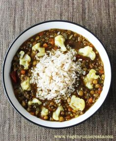 Triple Lentil and Cauliflower Soup with Rice - a perfect meal for cold winter nights! No oil added. | www.veganrunnereats.com