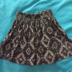 Aztec high-waisted skirt Super comfortable yet fitted with an elastic waistband, this skirt pairs so will with your favorite crop top or flowy number! Worn only twice and in perfect condition, fits how you want on your body since the waistband lets you move it up and down! Forever 21 Skirts