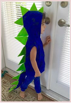 From superheroes to snack foods, our picks for the cutest toddler halloween costume ideas will appeal to parents and kids alike. Cute Toddler Halloween Costumes, Toddler Dinosaur Costume, Halloween Kostüm, Dinosaur Costumes For Kids, Pirate Costumes, Halloween Costumes For Toddlers, Diy Toddler Halloween Costumes, Dinosaur Tails, Dinosaur Dinosaur