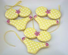 Cute idea for sugar cookies Summer Cookies, Fancy Cookies, Iced Cookies, Cute Cookies, Royal Icing Cookies, Cake Batter Cookies, Cupcakes, Cupcake Cookies, Bikini Cookies