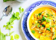 Thai red curry Leftover Chicken Recipes, Chicken Soup Recipes, Leftovers Recipes, Tofu Recipes, Lemon Recipes, Quick Recipes, Dinner Recipes, Cooking Recipes, Curry Recipes