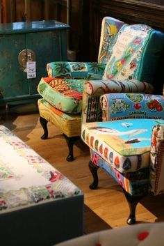 Another one! Is this a whole thing I don't know abput? Tea towel upholstered chairs by sososimps