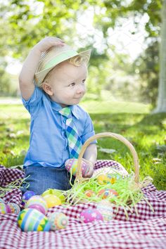 25 Ideas for a Toddler Easter Basket – DIY Geschenke und Hochzeit Holiday Photography, Toddler Photography, Indoor Photography, Spring Photography, Photography Ideas, Toddler Pictures, Baby Pictures, Easter Pictures For Babies, Family Pictures
