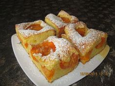 Prajituri de casa: Chec cu piersici / caise Romanian Food, Butter, Cake Recipes, French Toast, Food And Drink, Sweets, Homemade, Breakfast, Desserts