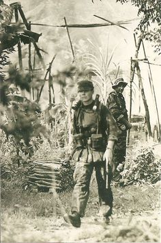us navy seals vietnam war photos - Search Image Search Results Vietnam War Photos, North Vietnam, Vietnam Veterans, Us Navy Seals, Vietnam History, Us History, Special Ops, Special Forces, Warriors