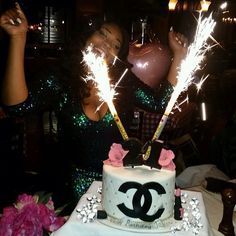 Discover and share the most beautiful images from around the world Birthday Goals, 22nd Birthday, It's Your Birthday, Birthday Wishes, Girl Birthday, Birthday Parties, Birthday Ideas, Happy Birthday, Its My Bday
