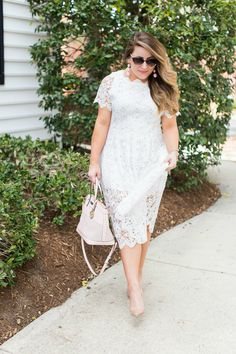 Spring outfit idea - click through for more of this gorgeous lace dress!   coffeebeansandbobbypins.com
