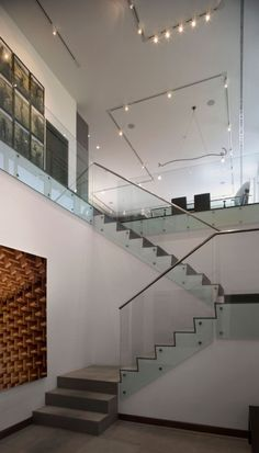 Pictures of Incredible Home Design in Colorado : Stunning Staircase With Glass Banister