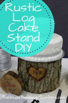 Get instructions for this Rustic Log Cake Stand DIY. Diy Your Wedding, Low Budget Wedding, Do It Yourself Wedding, Diy Wedding Flowers, Diy Wedding Favors, Diy Wedding Decorations, Rustic Wedding, Wedding Ideas, Wedding Reception