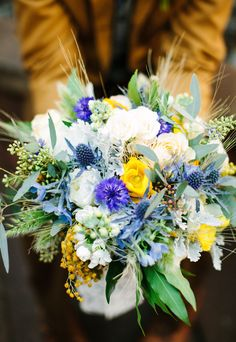 #Bouquet | More from this stunning shoot on #SMP ~ http://www.stylemepretty.com/2013/06/21/van-gogh-inspired-shoot-from-orange-blossom-special-events-birds-of-a-feather/  Photography: RebBirds of a Feather | Floral Design: Peony & Plum
