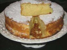 Mascarpone and apple cake Sweet Recipes, Cake Recipes, Dessert Recipes, Just Cakes, Cakes And More, Tortas Light, Muffins, Kitchen Recipes, Vegan Desserts