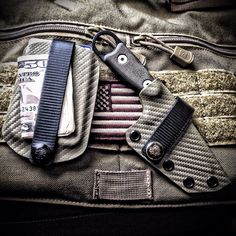 Vita EDC Wallet and custom ESEE Izula Sheath by Armatus Carry Solutions.