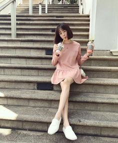 l ,t thích, 571 bình luận - Pattie Ung Sira (Pattieung S) tr . Princess Hours Thailand, Korean Fashion Trends, Dress Skirt, Short Hair Styles, Actresses, Celebrities, Cute, Model, Beautiful