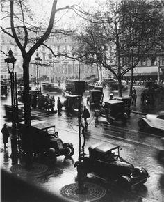 """André Kertész        Paris 1925 - 1936, from """"Diary of Light"""""""