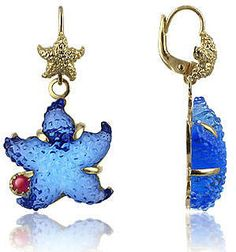 i have a blue starfish necklace
