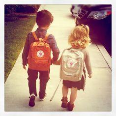 Cute little Fjallraven backpacks. Kånken Mini er uimotståelig! www.fjellrevenshop.no