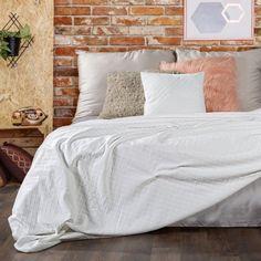 Cuvertura Wiktor Cream, 170 x 210 cm Comforters, Blanket, Cream, Interior Design, Bedroom, Furniture, Home Decor, Decoration, Products