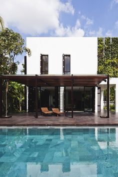 designedinteriors http://designedinteriors.tumblr.com/post/131034426263/livingpursuit-thao-dien-house-by-mm October 12, 2015 at 09:40PM