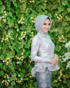 39 Ideas Birthday Party Dress Women Outfits For 2019 Kebaya Modern Hijab, Kebaya Hijab, Kebaya Dress, Kebaya Muslim, Batik Fashion, Hijab Fashion, Party Dresses For Women, Dresses For Teens, House Party Outfit