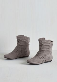 Barnhouse Brunch Bootie in Pebble. After awaking at the BB, you tiptoe these grey Report Footwear booties downstairs to see what smells so savory. #grey #modcloth
