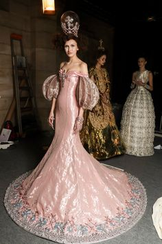 Sofiaz Choice - Guo Pei haute couture Spring 2017 pink gilt ball gown trumpet style
