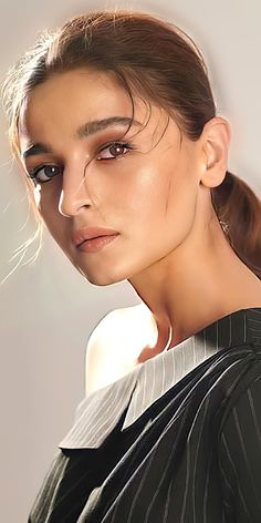 Beautiful Bollywood Actress, Most Beautiful Indian Actress, Beautiful Actresses, Teen Actresses, Indian Actresses, Alexandra Daddario Images, Alia Bhatt Photoshoot, Aalia Bhatt, Alia Bhatt Cute