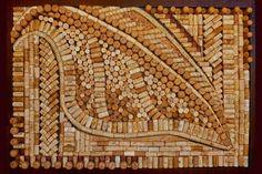 D'autres artistes aiment aussi accumuler les bouchons de liège pour en faire des tableaux comme Beki Morris. Attention, il ne s'agit pas ici...