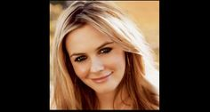 Alicia Silverstone Launches Eco-Friendly Beauty Line. Alicia Silverstone, The Kind Diet, Famous Vegans, Organic Lifestyle, Juice Beauty, Homemade Beauty Products, New Skin, Famous Faces, Beverly Hills