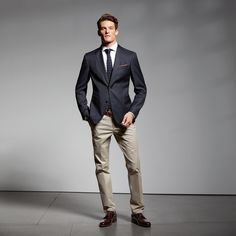 Perfect Casual Men Outfit For Summer, Otherwise, if your outfit is all 1 tone, look at adding strong contrast through accessories. That means you'll probably observe that a number of these. Smart Casual Men Work, Casual Work Outfits, Work Casual, New Outfits, Summer Outfits, Men Casual, Business Casual Dresscode, Business Outfits, Black Tie Dress Code