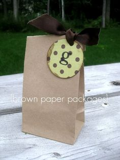 I love the simplicity of this Goody Bag , may use this for Kaylin's Party