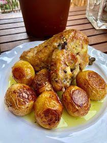 ΜΑΓΕΙΡΙΚΗ ΚΑΙ ΣΥΝΤΑΓΕΣ 2: Κοτόπουλο στον φούρνο με πατάτες !!! Pretzel Bites, Baked Potato, Potatoes, Bread, Baking, Ethnic Recipes, Food, Bread Making, Patisserie